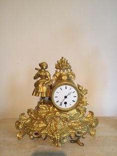 Zinc alloy mantle clock - Period approx. 1880