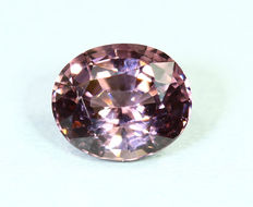 Paarse spinel – 1,86 ct