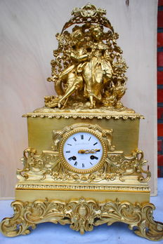 Large bronze fire-gilded French clock - 1830 period