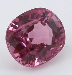 Roze spinel - 1,27 ct