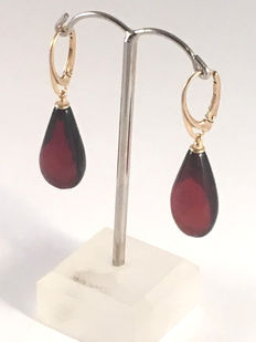 Big drop shaped pendant earrings made of cherry Baltic amber, 100% natural, not pressed, not modified