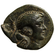 Roman Empire – Fulvia – first wife of M. Antonius (41- 40 BC) AE, Eumeneia, Athena