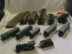 Roco/Piko H0 - Steam locomotive BR98, 5 passenger carriages and 24 pieces of rails