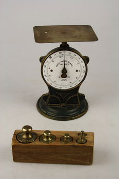"Postal scales ""Salter"" with a block with brass weights - early 20th century"