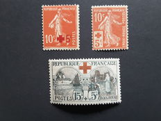 1914 and 1918 France - For the Red Cross - Yvert no. 146, 147 and 156.