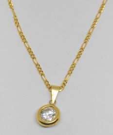 Chain necklace in 18 kt yellow gold – Pendant with zirconia