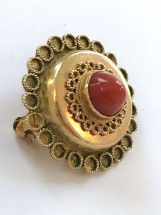 "Gold brooch "" Old Dutch"" set with cabochon cut precious coral in  smooth setting."