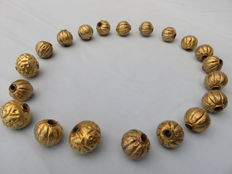 20 Large, decorated, gold plated silver wax beads – Western Himalayas – second half of the 20th century
