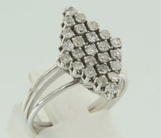 10 white gold marquise ring with 25 diamonds – no minimum price
