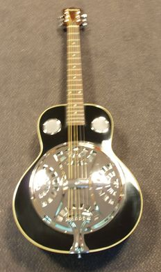 ChS Spider Resonator, colour black with bag, Dobro model