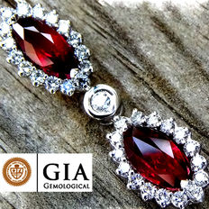 Unheated Natural 2.74 ct Vivid Red Ruby And Diamond Pendant With Necklace in 18 kt Gold – GIA Certified – No Reserve