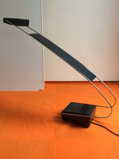 Art & Design collection - Adjustable desk lamp made of chrome - Cobra model