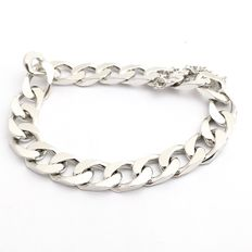 Thick silver link bracelet – Curb link