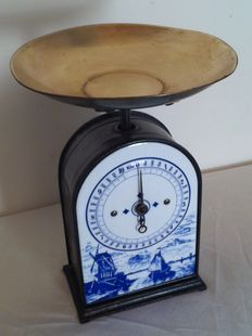 Kitchen scale with Dutch decor - 10 kilo - England - 1960