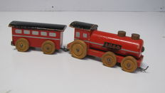 Early Toy - Wooden Pull-Along Train