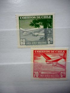 Chile – large batch in 2 stock books.
