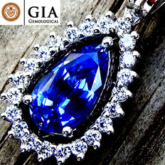 Unheated Natural 1.90 ct VVS Blue Sapphire And Diamond Pendant With Necklace in 18 kt Gold – GIA Certified – No Reserve