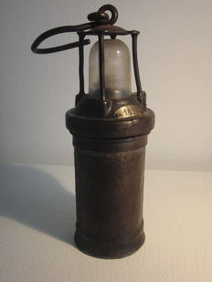 Authentic miner's lamp