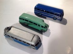Dinky Toys-FR/GB - estimated scale 1/60-1/66 - Lot of Duple Roadmaster No.282, Single Deck Bus No.29e and Coach Isobloc No.29e