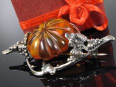 Old flower amber silver brooch handiwork Germany