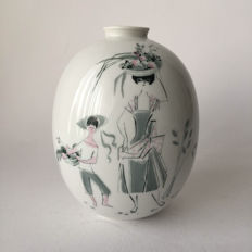 Hutschenreuther - Celine, porcelain vase with a typical 70's design