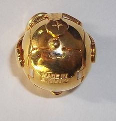 Masonic ball /orb- Cross... English made craftsmanship heavy 18Ct gold on solid silver