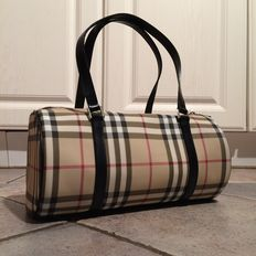 Bolso de mano/ hombro Burberry London.