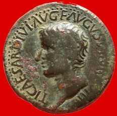Roman Empire - Tiberius (14 - 37A.D) bronze semis (11,77 g. 31 mm.), Segobriga mint (Hispania, Saelices, actual Cuenca province).
