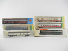 Arnold Rapido/Roco/Trix - 3151/3076/3016/02278A/3015/3310 - 6 different passenger wagons of the  DB  [249]