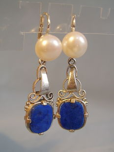Earrings with genuine white pearls and lapis lazuli