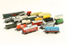Minitrix/Arnold /Ibertren/Lima N - 20 pieces different freight carriages