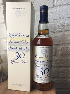 Royal Island 30 years Finest Old Scotch Whisky blend from Arran Distillery
