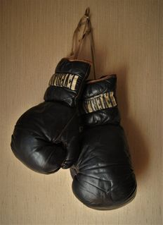 Boxing - vintage gloves - ca. 1930s-1940s