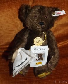 Steiff DM- goodbye bear- no. 028403 with handkerchief and certificate and all identification tags - Germany