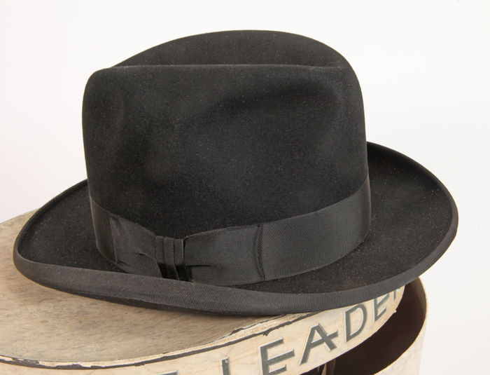 Vintage The Leader Fur Felt Homburg Hat as new in Box - Catawiki bb5e6e20ff1