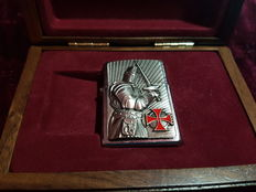 Zippo limited edition crusader warrior. Nr 722 of 1000. Year 2013. NEW with Original Box