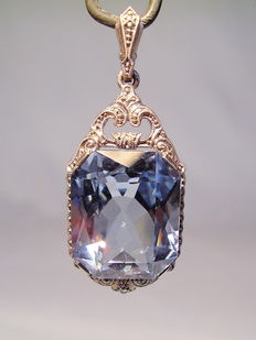 Pendant with light blue spinel with necklace