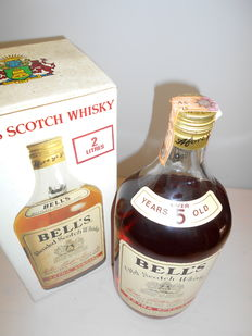 Old Scotch Whisky 5 yo Arthur Bell's Extra Special 1970s 2 Litres - 40% white box