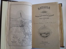 Indonesia; A.W. Weitzel - Batavia in 1858 of schetsen uit de hoofdstad van Nederlandsch Indë + 3 additional publications about Batavia and the VOC (Dutch East India Company) - 4 volumes -  1857 - 1878,