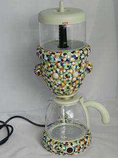 Alessandro Mendini for Alessi – GEO Proust coffee maker – AM29-1 . Limited edition