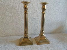 A pair of great Empire brass candlesticks - Belgium - ca. 1820
