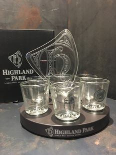 Highland Park Limited Shot Glass Set of 6 with Wooden Display Stand