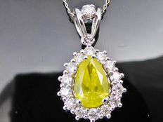 White gold necklace with pear-shaped cut diamond in intense fancy yellow colour, total 1.50 ct