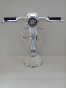 Gorgeous Vintage - Vespa desk lamp