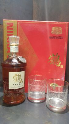 Nikka 17 Years Old Tsuru Gift Set with 2 glasses - Discontinued