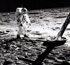 NASA -  Buzz Aldrin - Walking on the moon - Apollo 11 - 1969