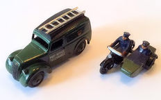 Dinky Toys - Scale 1/43 - Lot with Telephone Service Van No.261 and Motorcycle Patrol No.42b