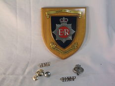 England-Home Office Her Majesty's Fire Service Inspectorate for Scotland & Her Majesty Prison Badges & Buttons-1950/60