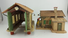 """Spoor G - Pola - 331947 - 2 Complete illuminated single-track locomotive sheds and railway-station """"Waldau"""" with a main building and ablution block"""
