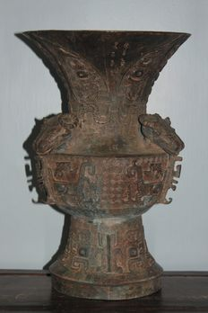 A large heavy bronze ram head handle vase/urn  - China - late 20th/21st century